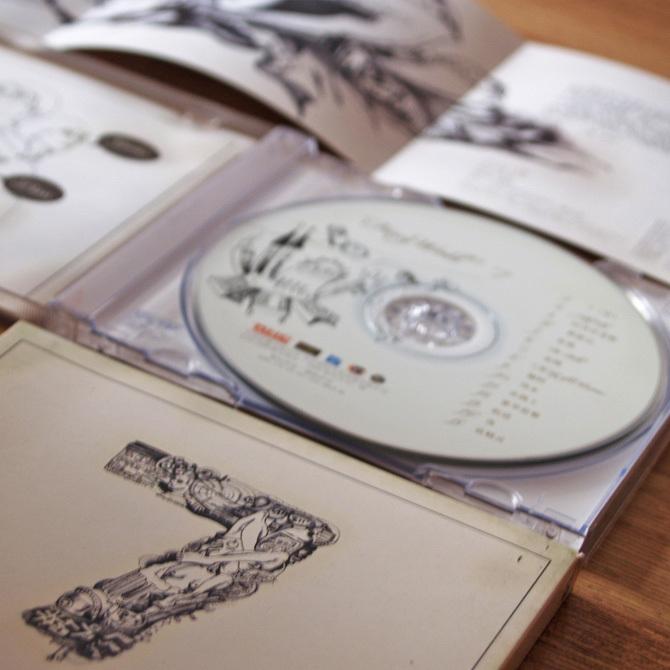 FANCY WORLD 《7》唱片包装图4