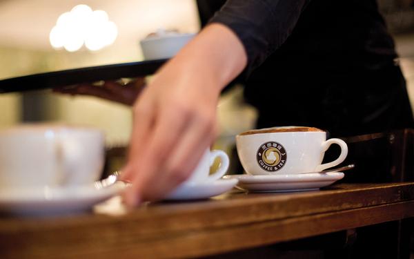 标志设计—蓝山灵雨咖啡品牌形象