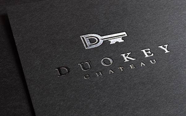 多库红酒品牌标志设计