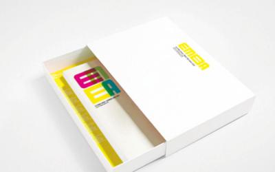清华大学EMBA宣传册设计