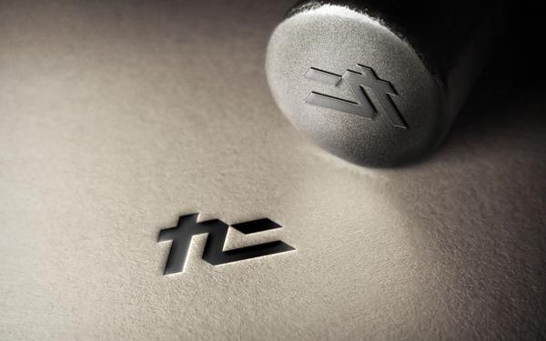 九二 | 子弹耳机品牌logo设计 | FORMER