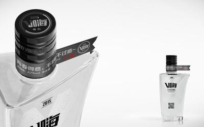 V嗨产纯白白酒包装设计