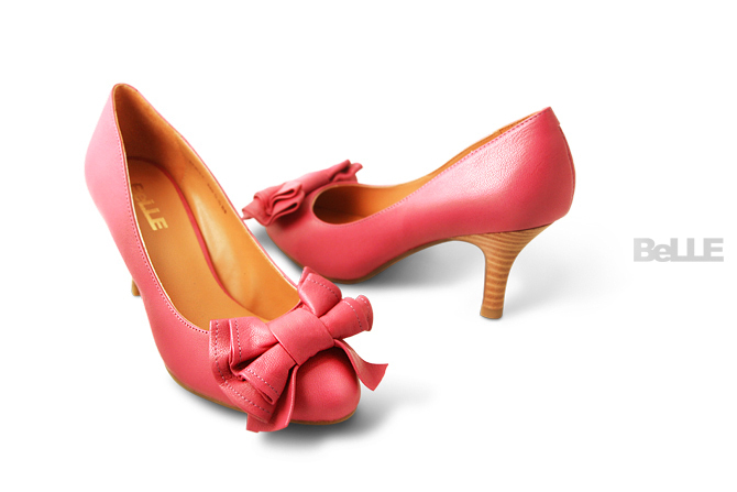 BELLE女鞋产品摄影图1