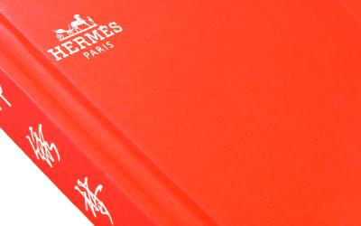 爱马仕:丝巾展画册设计