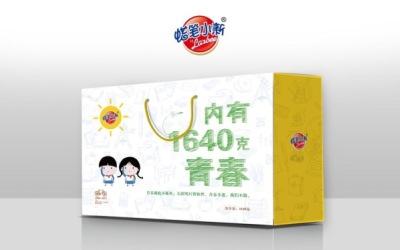 """蜡笔小新食品""""青春纪念版""""礼盒包装设计..."""