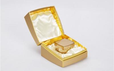 化妆品精品盒 包装设计