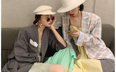 女装店铺及网红营销设计