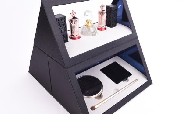 Midas八号化妆盒包装设计