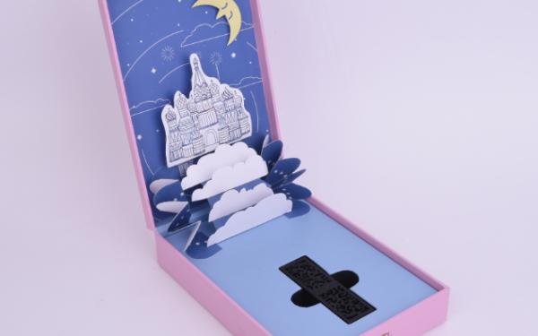 Midas粉色梦幻城堡口红盒包装设计