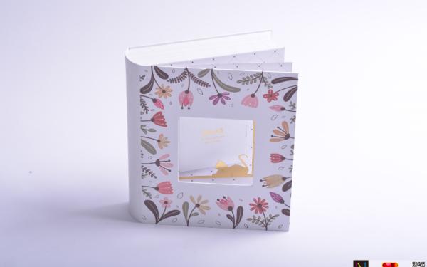 Midas花朵猫咪香水盒包装设计